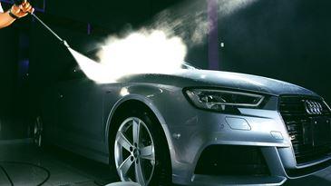 Jak usunąć nieprzyjemny zapach w samochodzie?