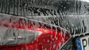 Poprawne woskowanie auta