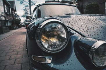 Jak samodzielnie wypolerować i zabezpieczyć reflektory w samochodzie?